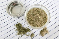 You can buy salt-free seasoning mixes in store, but this homemade Mrs. Dash seasoning recipe is a great one to try if you run out, or if you like to be able to customize your own spice mixes. Mrs Dash Seasoning, Salt Free Seasoning, Poultry Seasoning, Seasoning Mixes, Seasoning Recipe, How To Cook Ribs, How To Cook Meatballs, Cooking Light Recipes, Cooking Dried Beans
