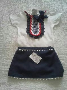 Conjunto Little Girl Skirts, Baby Girl Dresses, Little Dresses, Sewing For Kids, Baby Sewing, Cute Fashion, Kids Fashion, Sewing Doll Clothes, Girls Blouse
