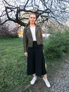 Fashionberries: Black Culottes and White Sneakers