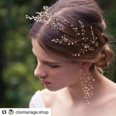 83 отметок «Нравится», 1 комментариев — @14.wedding в Instagram: «#Repost @cliomariage.shop (@get_repost) ・・・ #14quatorze の繊細で可憐なかすみ草をモチーフにしたシリーズの#ヘッドドレス も再入荷しております☆…» Wedding Headdress, Bridal Hair Vine, Wedding Jewelry Sets, Wedding Hair Accessories, Bridal Headpieces, Hair Jewelry, Hair Pieces, Marie, Wedding Hairstyles