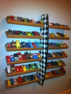 Hot Wheels holder---can somebody please make this for Talon. Lol ( this kids name was Talon too! Hot Wheels Storage, Hot Wheels Display, Kid Toy Storage, Disney Cars Room, Toy Rooms, Baby Room, Kids Room, Matchbox Cars, Matchbox Car Storage