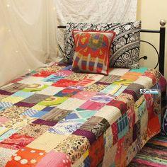Beige Patchwork Kantha Quilt Bedroom Decor Diy On A Budget, Cheap Room Decor, Bedroom Decor For Teen Girls, Tapestry Bedding, Boho Bedding, Quilt Bedding, Boho Tapestry, Kantha Quilt, Rag Quilt