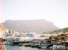 Honeymoon in Cape Town South Africa Vacations To Go, Vacation Trips, Top 10 Honeymoon Destinations, Great Places, Places To Visit, Beautiful Places, V&a Waterfront, Honeymoon Inspiration, Cape Town South Africa