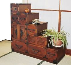 The humble Tansu embodied Japanese aesthetic ideals such as asymmetry, rusticity, and quiet elegance. These chests, some of which were also used as a staircase, have been passed down for generations. Japanese Furniture, Asian Furniture, Oriental Furniture, Furniture Plans, Diy Furniture, Furniture Design, Furniture Assembly, Classic Furniture, Rustic Furniture