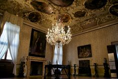 Brustolon Room - Google Search Murano Chandelier, Chandelier Lighting, Murano Italia, Italian Baroque, Glass Photo, Venice Italy, Murano Glass, Im Not Perfect, Ceiling Lights