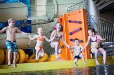 Stock Aqua Fun Park mit 70m Reifenrutsche Aqua, Park, Families, Kids, Water, Parks