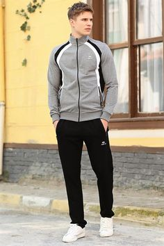 Nike Outfits, Sport Outfits, Workout Gear For Men, Combat Suit, Track Suit Men, Business Outfits, Gym Wear, Sport Wear, Athletic Wear