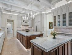 Million Dollar Homes, Kitchen Island, Home Decor, Multi Million Dollar Homes, Island Kitchen, Decoration Home, Room Decor, Home Interior Design, Home Decoration