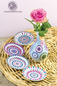 Porcelain Tile Floor Paint - Porcelain Doll For Sale - Porcelain Flowers DIY - Porcelain Dolls For Sale, Porcelain Jewelry, Pottery Painting Designs, Paint Designs, Mandala Dots, Mandala Design, Aboriginal Art Dot Painting, Shadow Painting, Mandala Painting