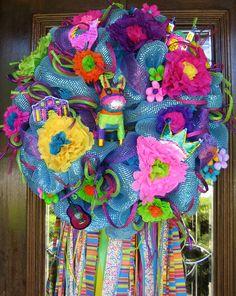 Fiesta Wreath- easy to DIY for next Cinco De Mayo!