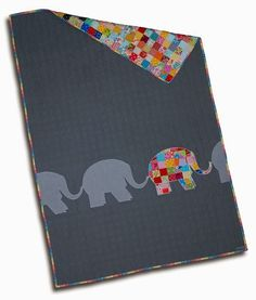 Elephant Patchwork by Grapes & Hearts - Elmar Quilt Top: Dare to be Different. I want to blatantly copy this quilt, it's just so fab! Patchwork Quilting, Scrappy Quilts, Baby Quilts, Children's Quilts, Quilting Projects, Quilting Designs, Sewing Projects, Quilting Ideas, Quilt Design