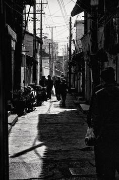 Streetlife | -VF- hat das Foto mit folgenden Metadaten aufgenommen: Größe: 1060×1600