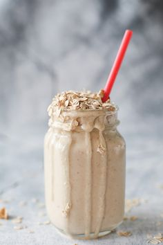 peanut butter oatmeal breakfast smoothie