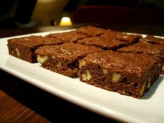 Black chocolate & nuts brownies  #miam #yum #delicious #cake #desserts