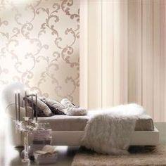 Colectia de tapet Romanza este caracterizata de modele clasice, realizate din vinil. Elegante, romantice, modelele fine dau personalitate incaperii.