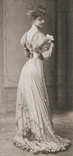 Vintage Fashion 1906
