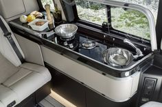 Mercedes-Benz V-Class Marco Polo                              …