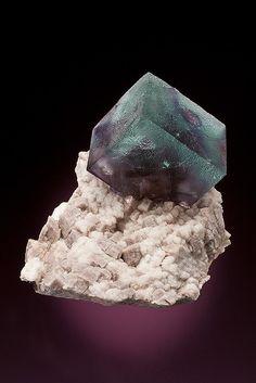 Fluorite - Bank Pocket Complex, Lakeview Lode, Park Co., Colorado, USA Size: 7.0 x 5.2 x 4.5 cm