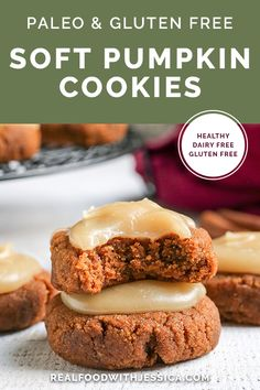 Paleo Soft Pumpkin Cookies - Real Food with Jessica - Dessert Recipes Paleo Dessert, Gluten Free Desserts, Dessert Recipes, Cookie Recipes, Paleo Cookies, Paleo Treats, Paleo Recipes, Real Food Recipes, Paleo Food