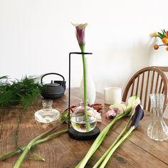 Minimal vase black by DING3000 for Hem.