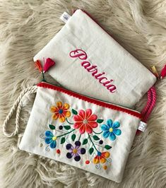 Amazing > Anchor Book Of Crewel Embroidery Stitches xo - Salvabrani Embroidery On Clothes, Embroidery Bags, Folk Embroidery, Embroidery Needles, Hand Embroidery Designs, Embroidery Patterns, Pom Pom Bag Charm, Main Image, Diy Clutch