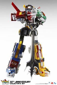 Voltron 30th Anniversary Die-Cast Light-Up Action Figure <3