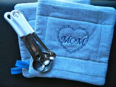 Personalized MOM Pot Holders Set of 2 by GrowingPhasesFarm on Etsy, $12.50