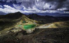 Emerald lakes, New Zealand