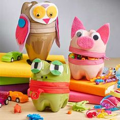 Sewing project on how to make Zipper Animal Containers
