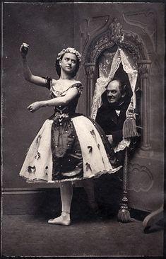 Phineas Taylor (PT) Barnum and dancer Ernestine de Faiber