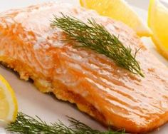 Saumon au yaourt et à l'aneth à la plancha : http://www.fourchette-et-bikini.fr/recettes/recettes-minceur/saumon-au-yaourt-et-a-laneth-a-la-plancha.html
