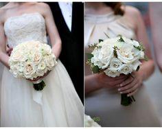 Bouquet de noiva com rosas brancas