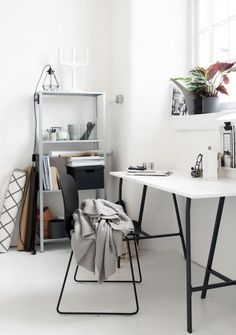 If you are one who works at home or remotely, then the presence of home office alias work space at home is a need worthy to consider. By having your own work space in your home, then you will feel … Urban Interior Design, Home Office Design, Home Office Decor, Home Decor, Office Ideas, Simple Interior, Decoration Inspiration, Workspace Inspiration, Decor Ideas