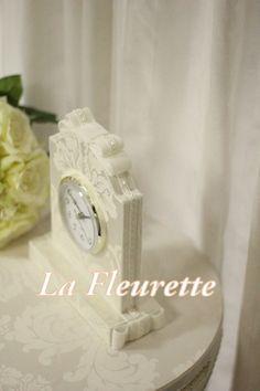 ダマスクの大人可愛い置き時計♪ の画像|布のインテリア*La Fleurette の Diary Inspiration, Crafts, Cartonnage, Biblical Inspiration, Manualidades, Handmade Crafts, Craft, Arts And Crafts, Artesanato