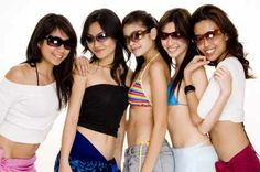 Compare sunglasses online prices in Australia. You can compare products amongst of 2000 online store.  http://www.shopprice.com.au/sunglasses