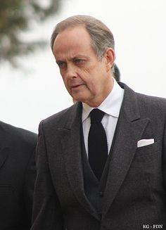 Jean, Count of Paris - Wikipedia French Army, The Past, Suit Jacket, Around The Worlds, Paris, Count, Royalty, Prince, Fashion