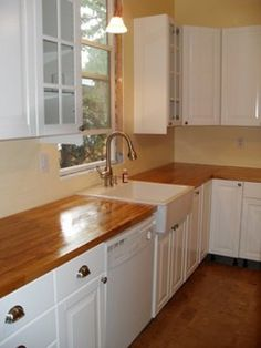 farhouse sink with butcher block countrs | home-design.jpg