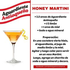 ¡Aguardiente Antioqueño combina con todo! #Aguardiente #Antioqueño #Coctel #Cocktail #HoneyMartini Smoothies, Alcoholic Drinks, Beverages, Pudding Shots, Party Drinks, Mojito, Bartender, Tequila, Cocktail Recipes