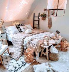 home interior design | home decor inspiration Room Ideas Bedroom, Bedroom Inspo, Bed Room, Diy Bedroom, Bedroom Designs, Girls Bedroom, Hippie Bedrooms, Art For Bedroom, Bright Bedroom Ideas
