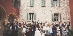 Glückliche Hochzeitsgäste  (Fotografin: Claire Eliza von Bridal Musings)