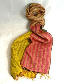 INDIAN KANTHA 100% SILK NEW VINTAGE SCARF Yellow, Coral and Blue No 115