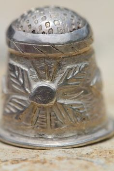 Fine Vintage Mexican Taxco Sterling Silver Applique Decorated Sewing Thimble