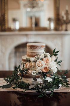 cassie-cook-photography-davis-home-at-strawberry-plains-wedding-venue-holly-springs-wedding-cake-flowers-florals-wedding-cake--floral-wedding-cake