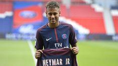 Neymar can make Paris St-Germain debut against Guingamp on Sunday Neymar Jr, Coutinho Liverpool, Robert Lewandowski, Best Football Players, Transfer Window, Lionel Messi, Samba, Cristiano Ronaldo, Philippe Coutinho
