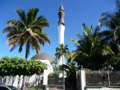 Reunion Island – Halal guide for Muslims travelers Outre Mer, St Pierre, Destinations, Cn Tower, Saint, France, Muslim, Travel Guide