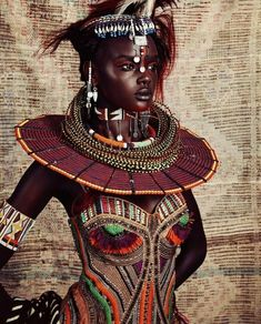 The relationship between Afrofuturism, Slavery and Cultural alienation of Africans in the diaspora and how the interruption to Black Identity can be bridged African Tribes, African Women, Afro Punk, Black Women Art, Beautiful Black Women, Black Art, Costume Ethnique, Afro Art, African Jewelry