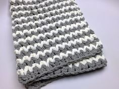 Trendy Crochet Baby Blanket - This is a really cool look and easy to do. It would work up super fast, and is best with more than one color.