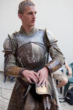Google Image Result for http://images5.fanpop.com/image/photos/25700000/Game-of-Thrones-Season-2-Filming-in-Dubrovnik-game-of-thrones-25793428-400-600.jpg