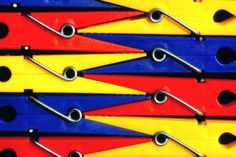 Primary colored pins, they show an interesting shape and clearly show primary colors!