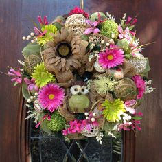Green Owl Burlap and Mesh Spring/Summer Wreath by HertasWreaths on Etsy